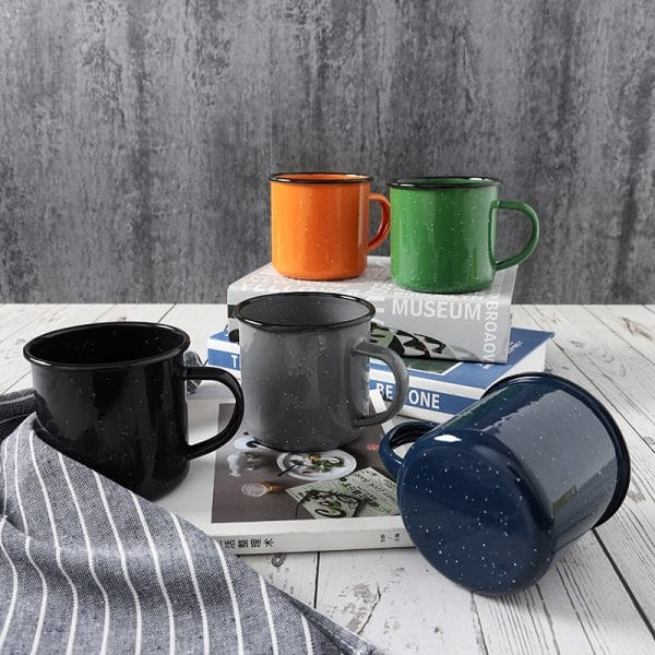 BB. Cheap Enamel Mugs Colorful Rolled Rim With Speckle