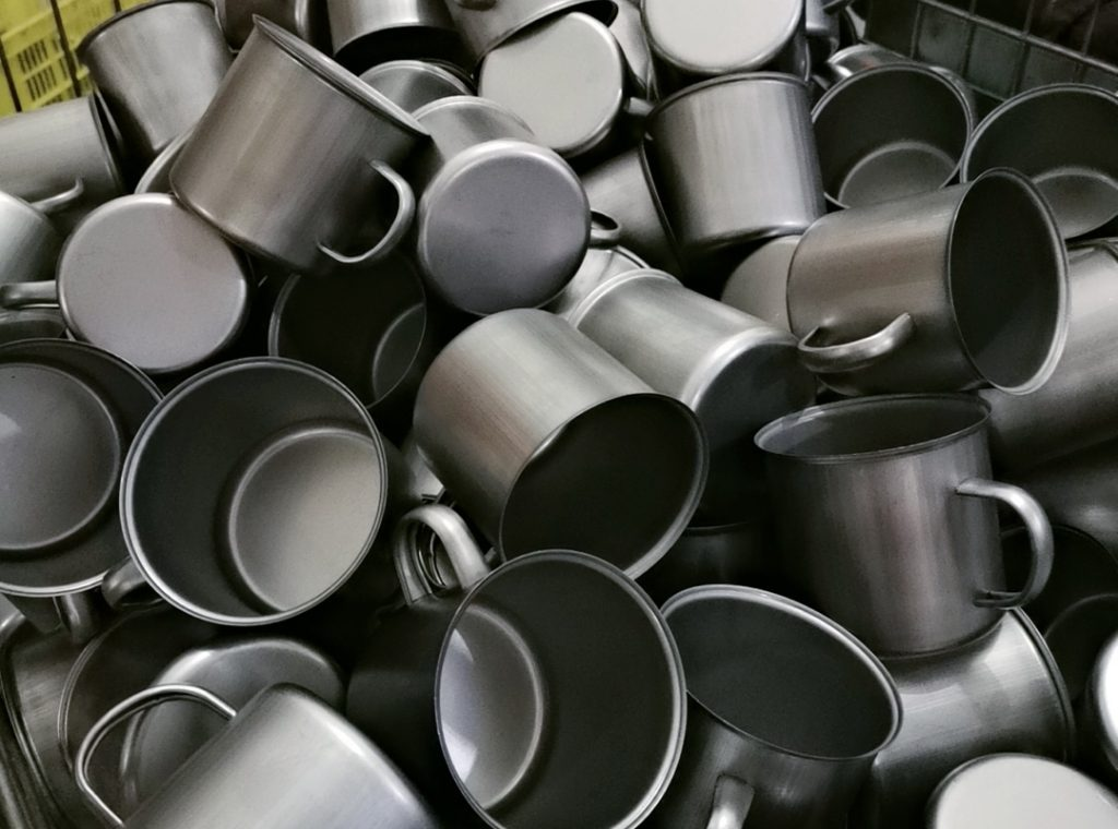 THIS IS HOW ENAMELWARE.TOP ARE MADE
